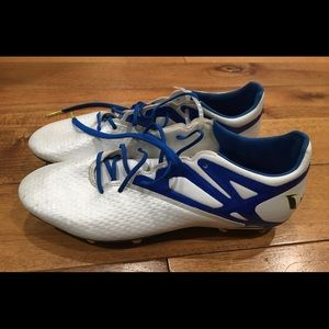 NEW Men's Adidas Soccer Shoes Size 10